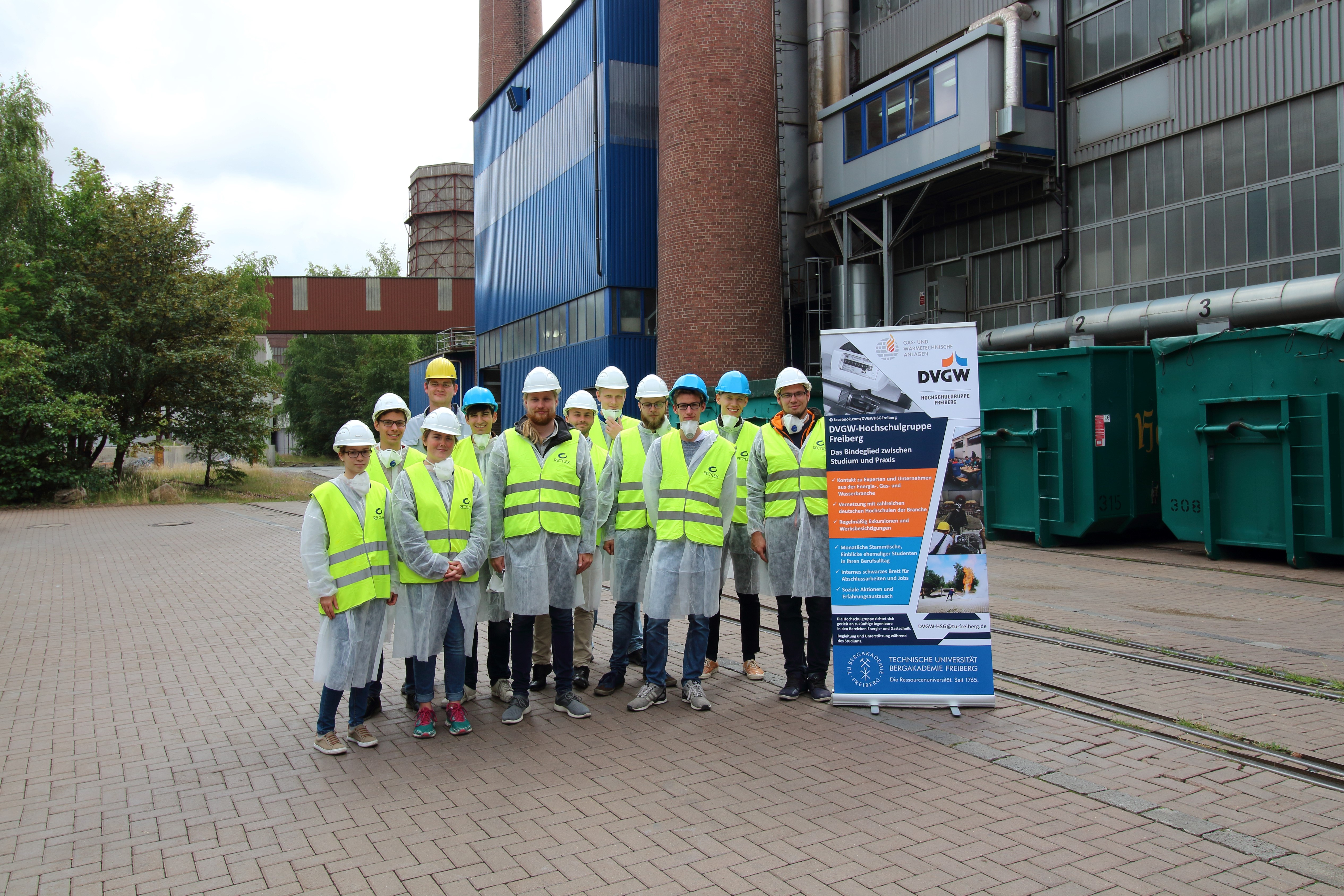 Students from the Freiberg University of Mining and Technology visit HZO
